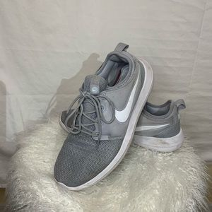 Nike gray 10.5 women's sneakers